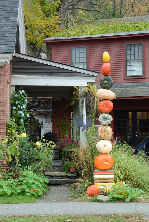 Amazing Pumpkin Tower