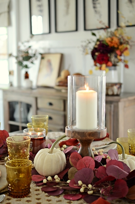 Thanksgiving Table Ideas. Rich, Warm, and Cozy Table Setting