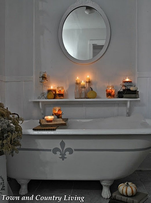 Vintage Claw Foot Tub - Bath by Candlelight