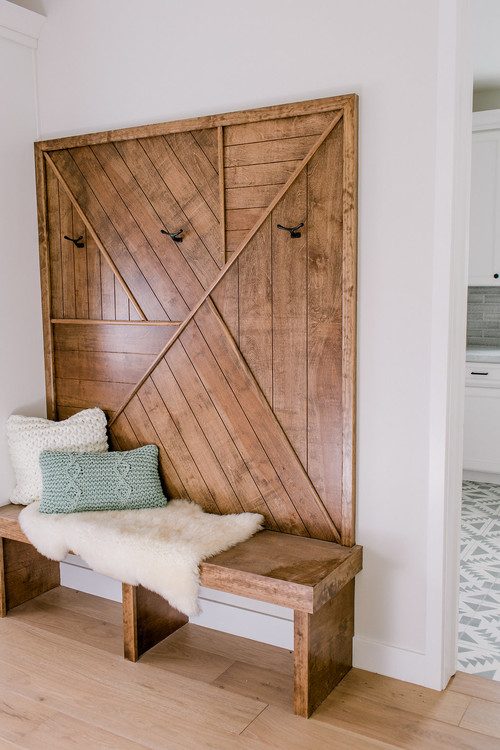 Fixer Upper Style Farmhouse Entryway