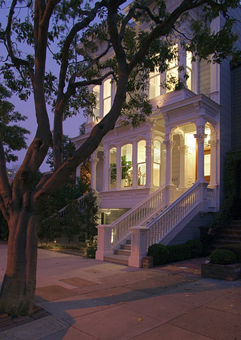 Nighttime Curb Appeal for Your Home
