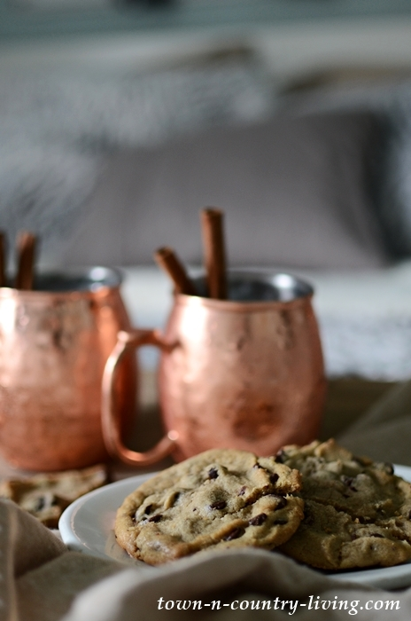 Cookies and Drinks for Holiday Guests