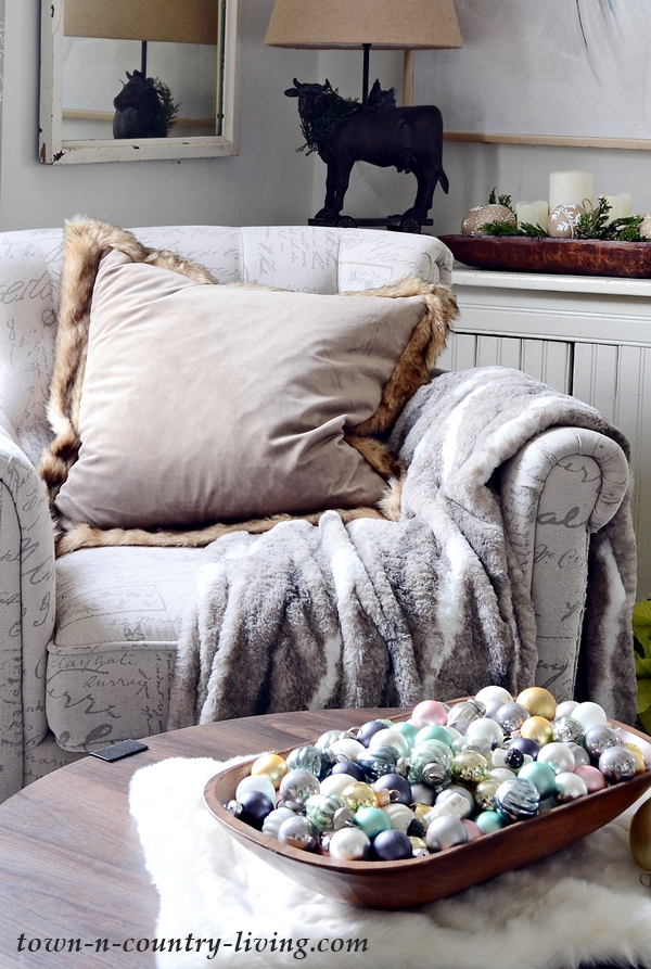 Cozy Living with Faux Fur Decor