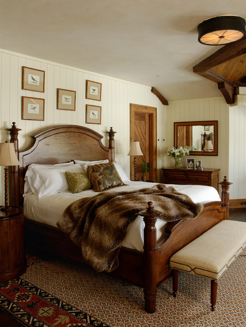 Traditional Bedroom in Earth Tones
