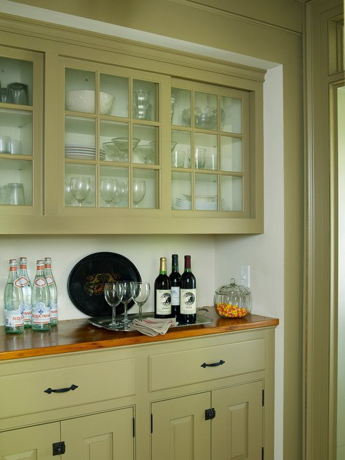 Butler's Pantry in Vintage Farmhouse