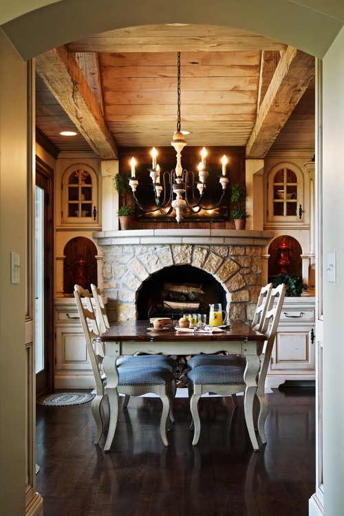 Rustic Elegant Dining Room in Country Style