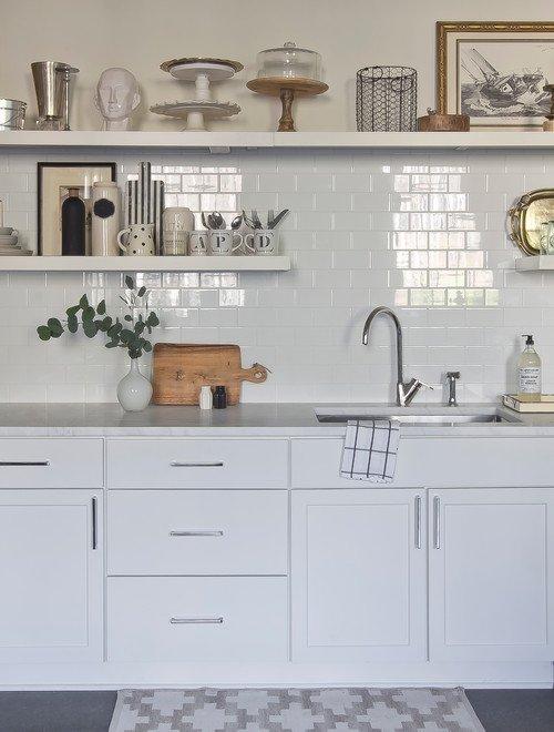 White Minimalist Scandinavian Style Eat In Kitchen