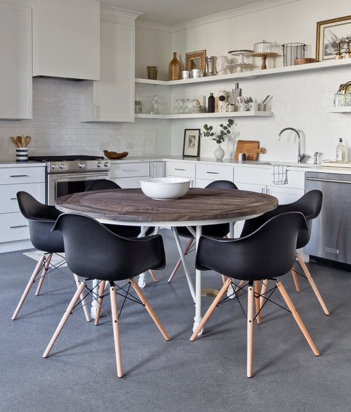 Eames Dining Chairs at a Round Kitchen Table