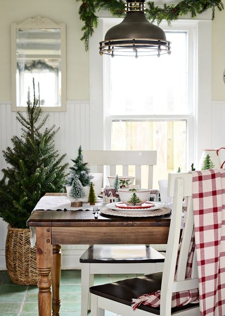 Modern Country Christmas Breakfast Nook