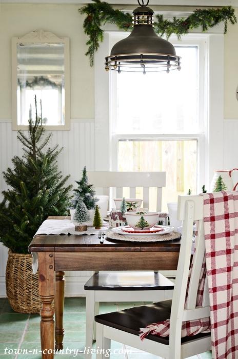 Modern Country Christmas Breakfast Nook