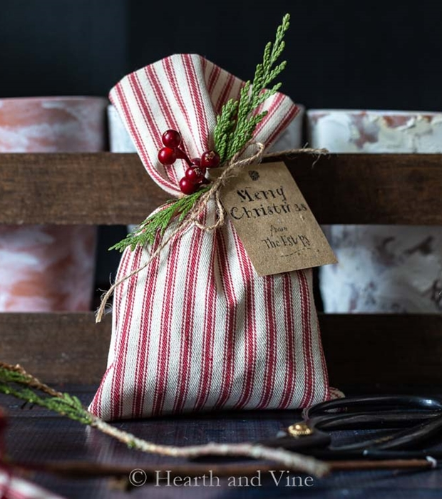 Christmas Treat Bags from Hearth and Vine