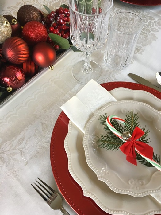Red and White Christmas Table Setting by Loving the Home Life