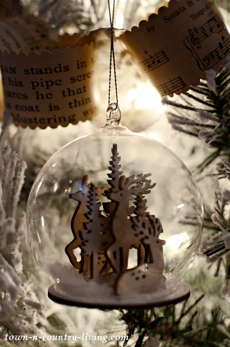 Snow Globe Reindeer Ornament