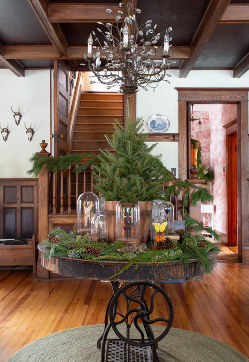 Antique Farmhouse Entryway Decorated for Christmas