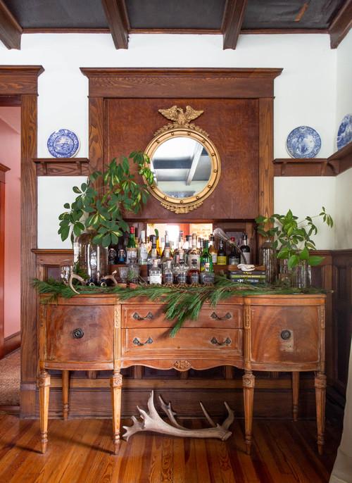 Farmhouse Antique Christmas Tour