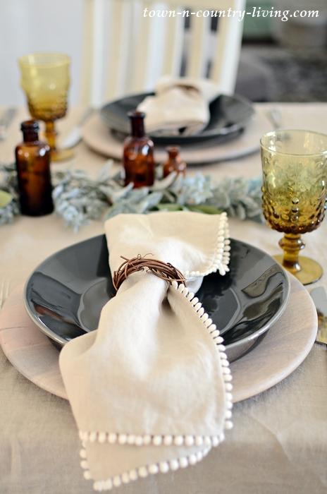 Linen Pom Pom Napkin and Tablecloth
