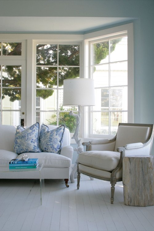 Coastal Living Room in Blue and White