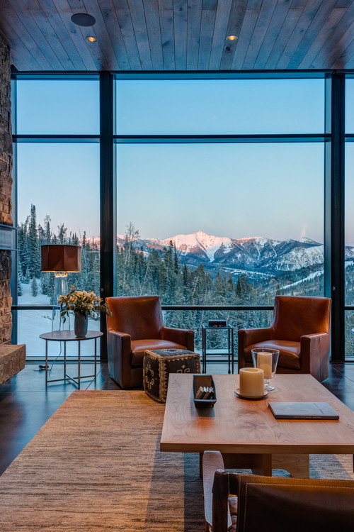 17 rooms with spectacular views  town  country living