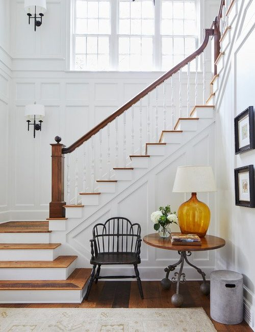 Traditional Staircase in Southern Georgia Home