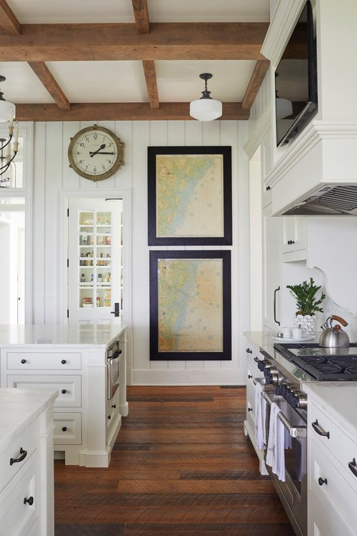 Relaxed Southern Living in a Custom Kitchen