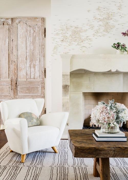 Country living room arrangements