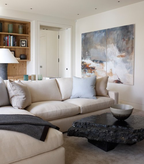 Contemporary Sectional Sofa in Neutral Living Room