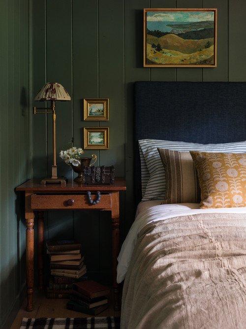 Rustic Cabin Home Bedroom
