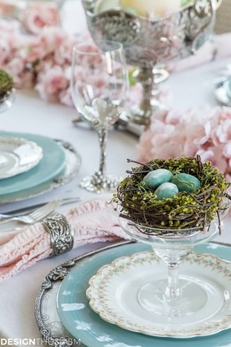 Spring Table Setting by Designthusiasm