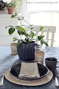 Fresh Spring Dining Nook: How To
