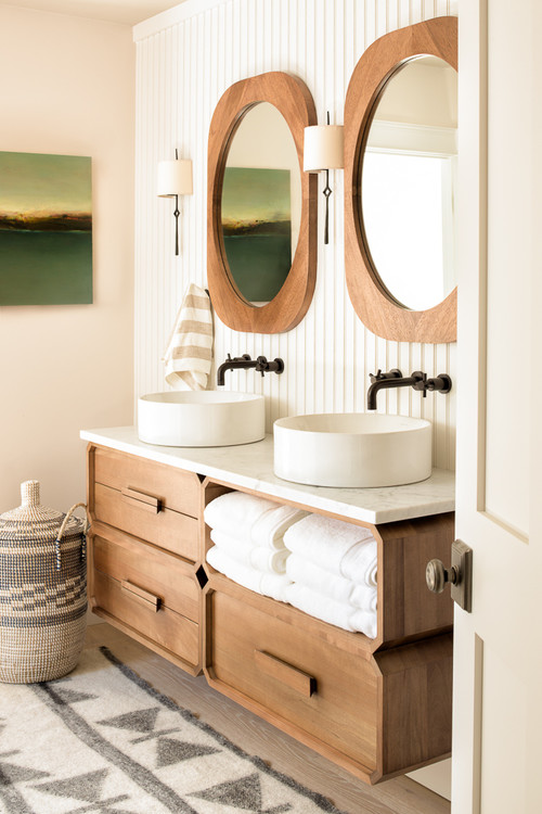 Modern Farmhouse Bathroom with Double Vanity