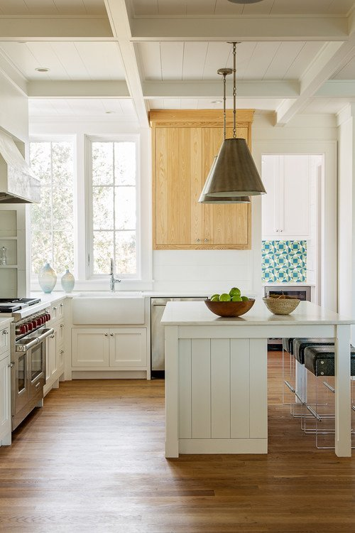Island Beach Cottage Kitchen in South Carolina