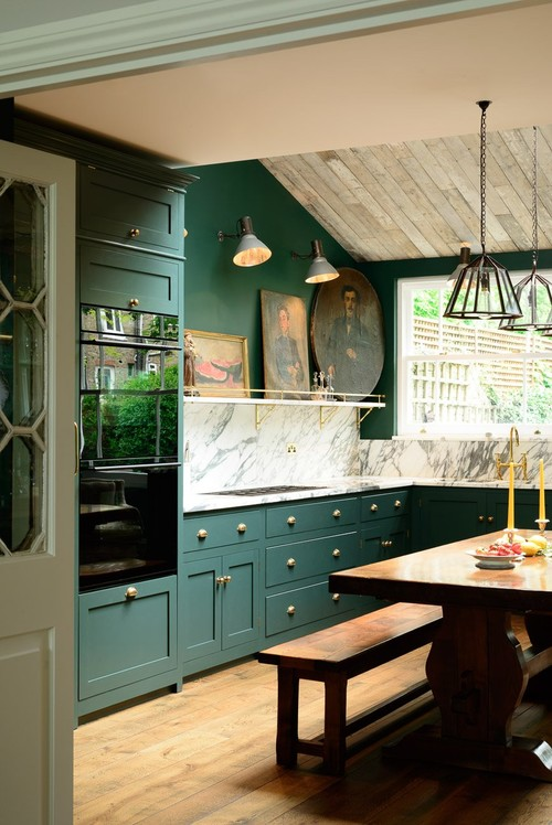 English Style Kitchen with Dark Green Cabinets