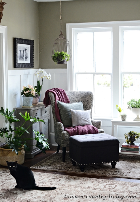 Reading Nook in a Welcoming Entryway