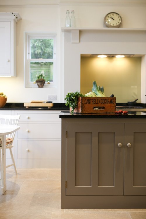 Charleston Gray Farrow & Ball Paint on Kitchen Island