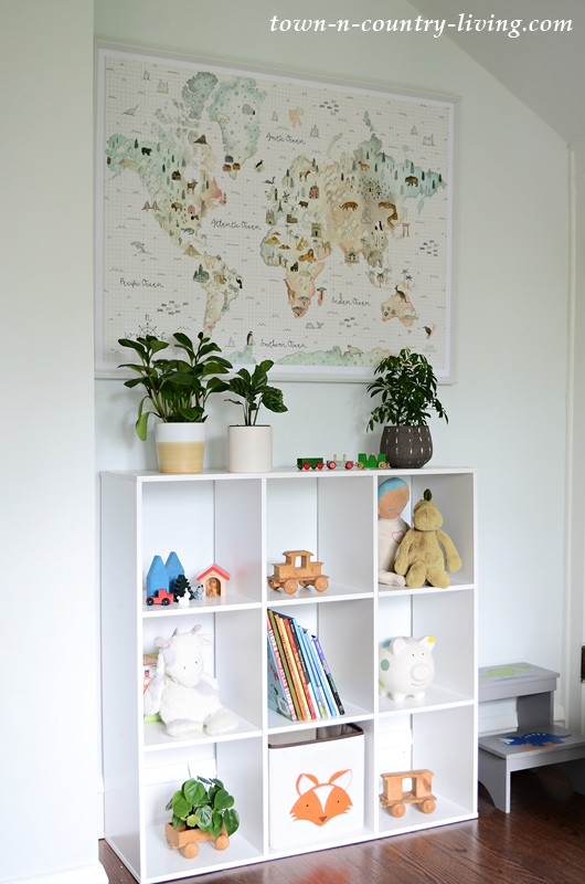 World Map and Toy Shelf for Animal Themed Boys Bedroom