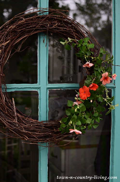 Natural Wreath Made with Grapevines and Impatiens