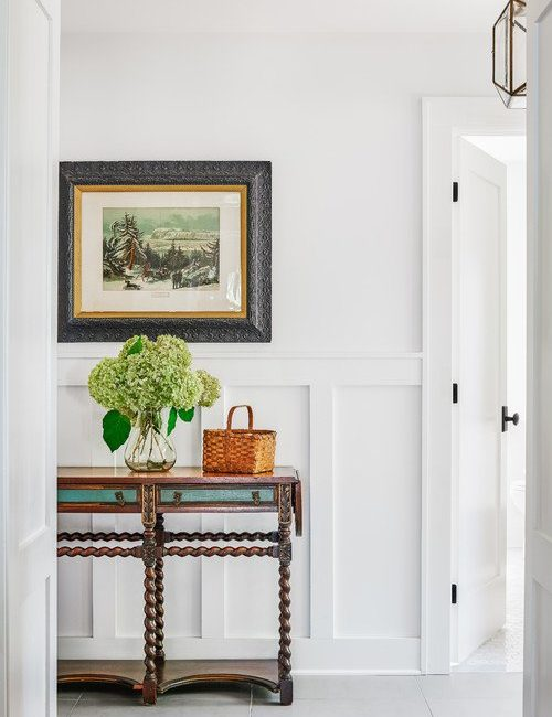 Beach Cottage Entryway