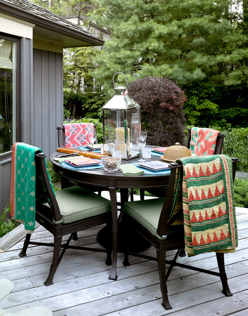 Outdoor Dining on Deck with Kantha Blankets