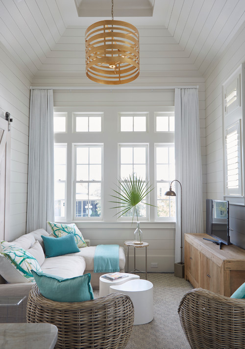 Small Coastal Style Den in White and Blue