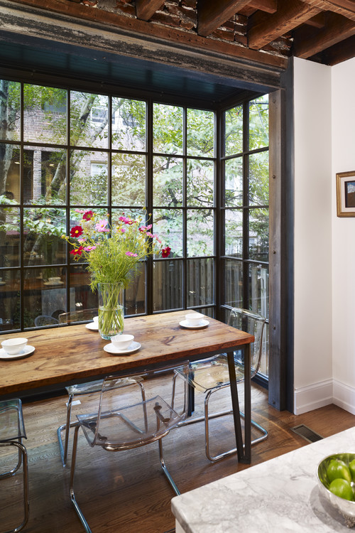 Light and Airy Bump-Out Breakfast Nook