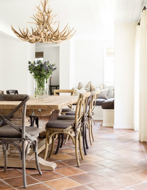 Farmhouse Style Dining Room in Neutral Tones