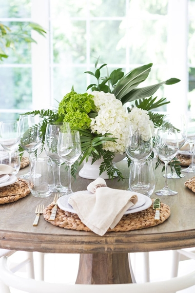 Zevy Joy Table Setting