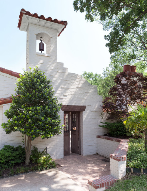 Entrance to Mission Style Dallas Lake House