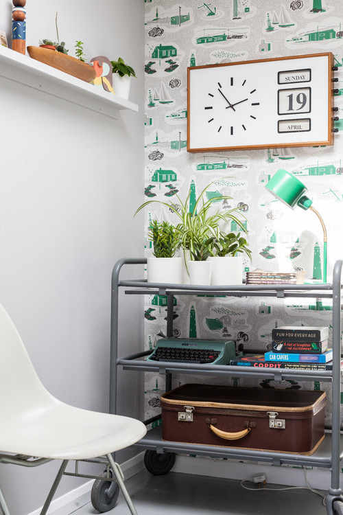 Home Office with Retro Wallpaper in Turquoise and White