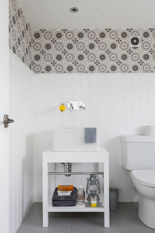 Retro Style Bathroom