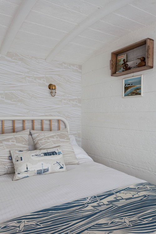 Small Bedroom with Nautical Theme