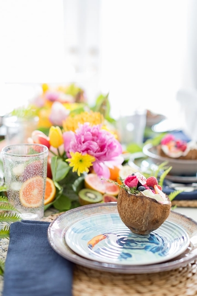 Craftberry Bush Table Setting
