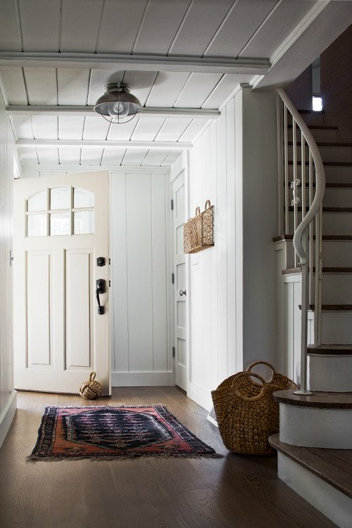 Farmhouse Style Entry with Pretty Staircase