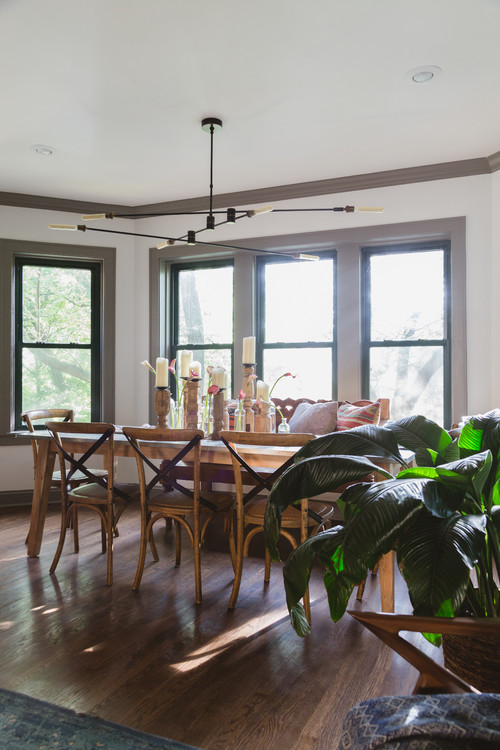 Dining Room in Stylish Condo in Ravenswood Neighborhood of Chicago