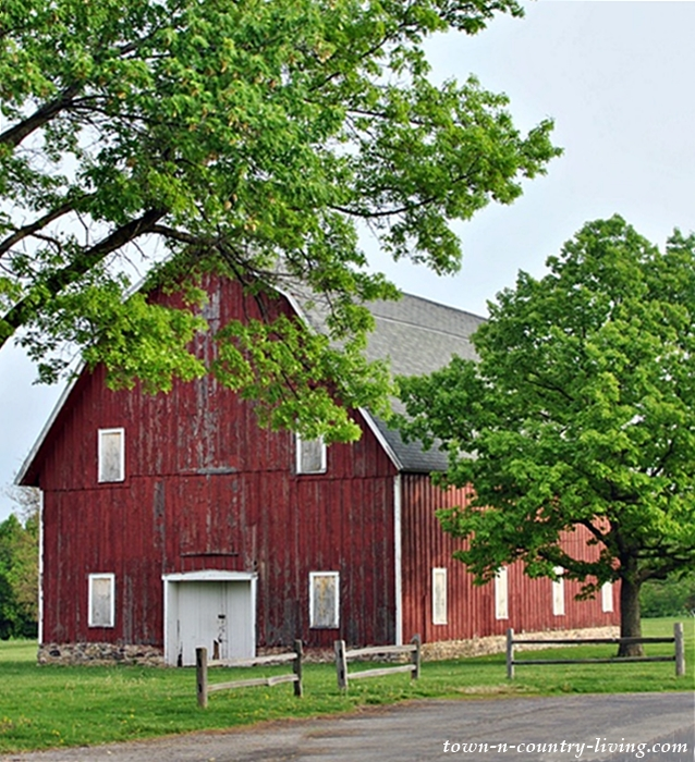 Red Barn in the Country